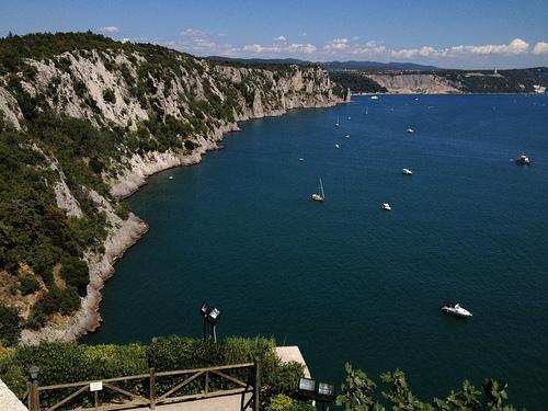 Golfo di Trieste e falesie sul mare